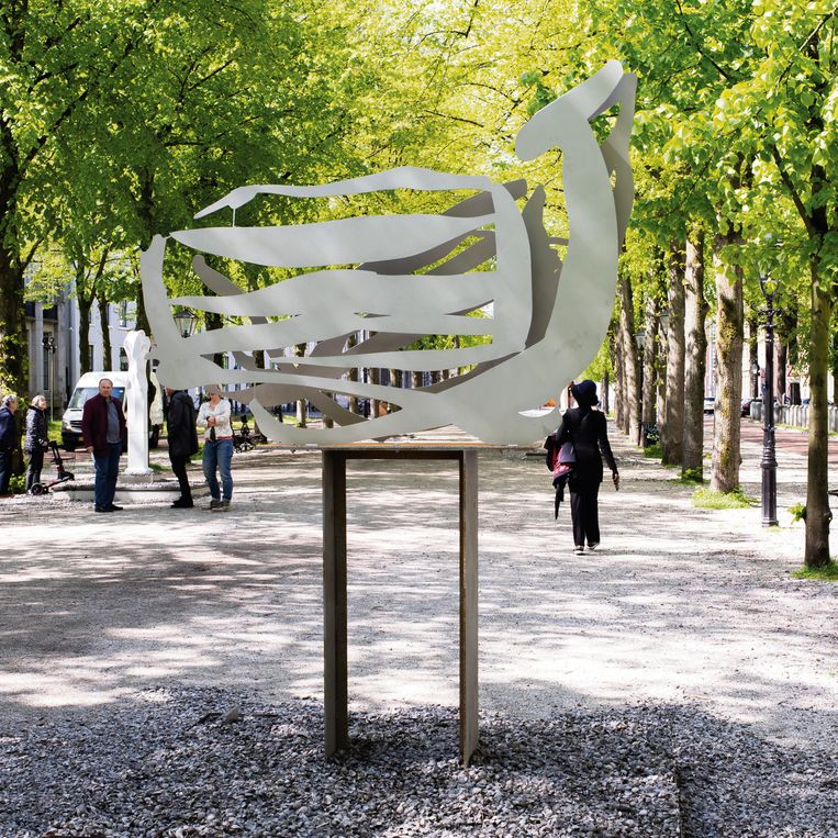 Werk van Yke Prins op Voorhout Monumentaal, Den Haag. Beeld Piet Jacobson