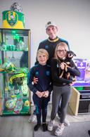 Van links naar rechts Michael, Michael, Megan en hondje Dizzy.