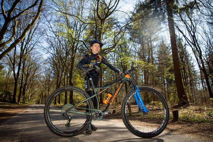 Mountainbikester Lotte Koopmans.