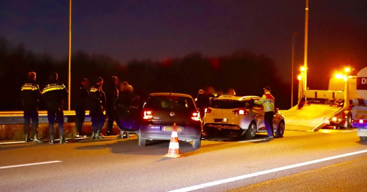 Ongeluk met drie auto's op A73 bij Beers.