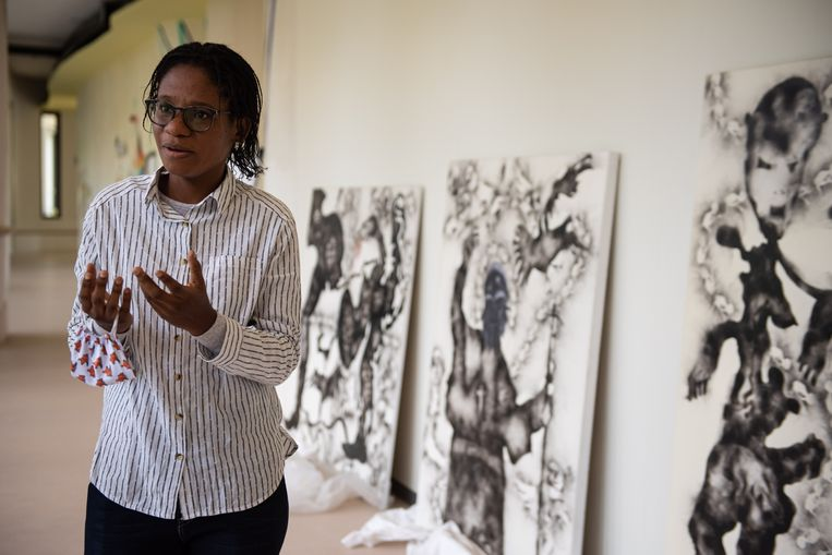 De Congolese artieste Géraldine Tobe (29). Beeld Wouter Maeckelberghe