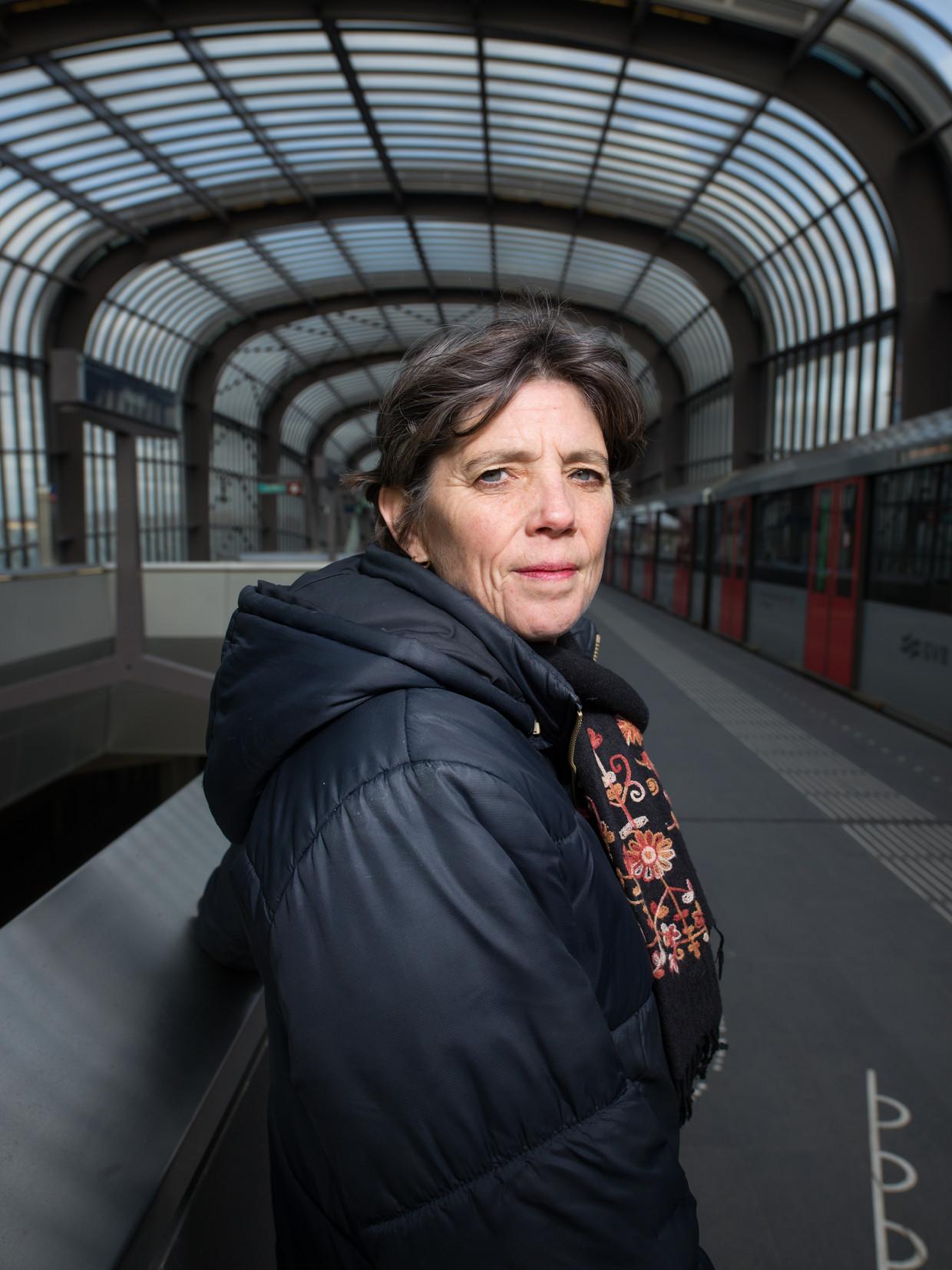 Lidewij Martens liet zich voor haar nieuwe thriller Ondergronds inspireren door de nieuwe Noord/ Zuidlijn.