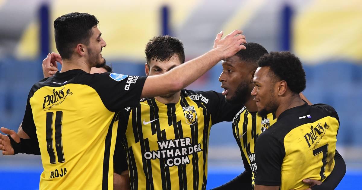 Vitesse stopt vrije val in eredivisie met ruime zege op VVV - De Gelderlander
