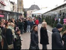 Kaartverkoop Tullepetaons Klûnen: 'Dit is een enorm gekkenhuis'