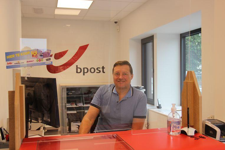Peter De Vuyst is nog steeds het vertrouwde gezicht van het kantoor.