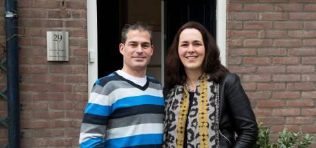 Parkinsonpatiënt Simone (43) zoekt speld in hooiberg: een woning. 'Makelaars lachen ons nog net niet uit'