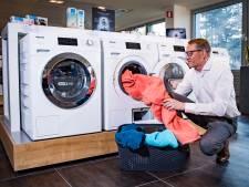 Optimaal gebruik maken van je wasmachine: 'Te veel wasmiddel kan je kleding beschadigen'