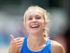 Nederlands kampioene Maureen Herremans nadert barrière
