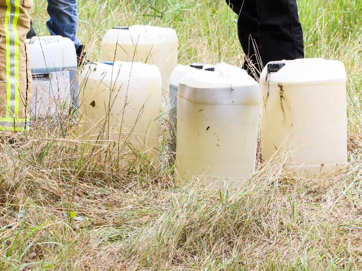 Vaten met drugsafval gedumpt in Deurne