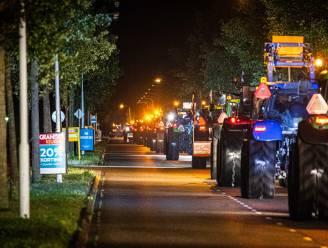 Verkeerschaos in Nederland: boeren gaan met tractoren snelweg op, meer dan 800 km file