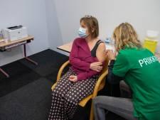 Ict-problemen en vaccingebrek nekken priklocatie Wijchen: 'We vinden dit heel vervelend, maar we kunnen er echt niets aan doen'