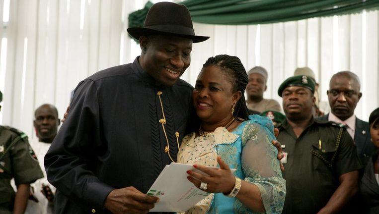 Jonathan Goodluck en zijn vrouw. Beeld AFP