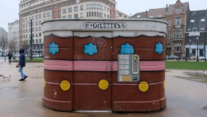 Stad Brussel lanceert 'toiletactieplan' voor meer wc's op straat en in parken: vooral vrouwen moeten makkelijker behoefte kunnen doen