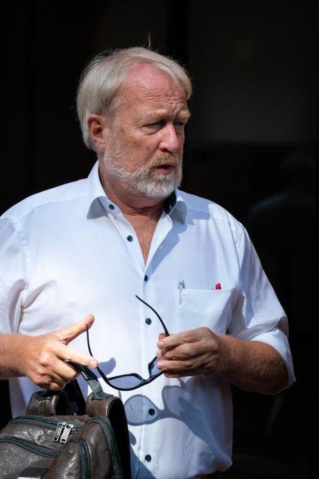 Twee mannen vast voor opruiing en bedreigen van Jaap van Dissel en Hugo de Jonge