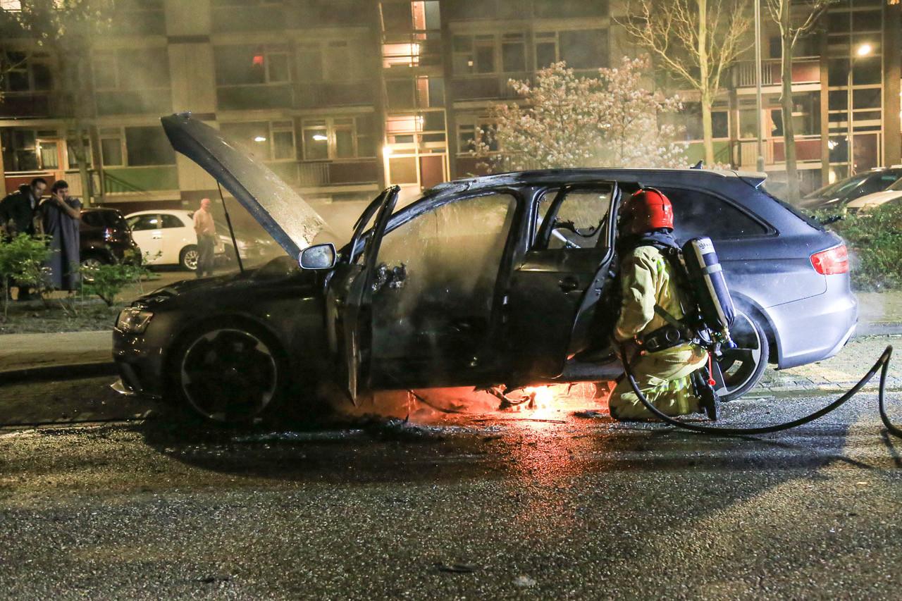 Audi in brand opgegaan in Helmond.