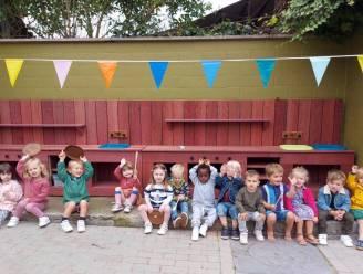 Kleuterschool 't Kapoentje koopt buitenkeuken met opbrengst eetfestijn