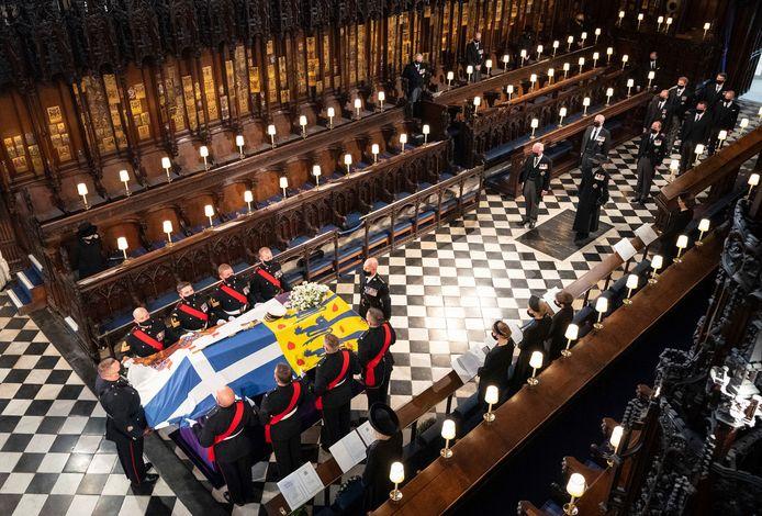 La cérémonie d'adieu a eu lieu dans la chapelle Saint-Georges, à deux pas du château de Windsor, en comité très restreint.