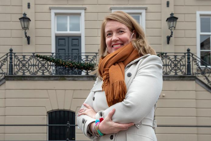 Oud-Roosendaalse Hélène van Oudheusden voor schreef een boek over lesgeven aan vluchtelingenkinderen. Ze was zelf hulpverlener op Lesbos.