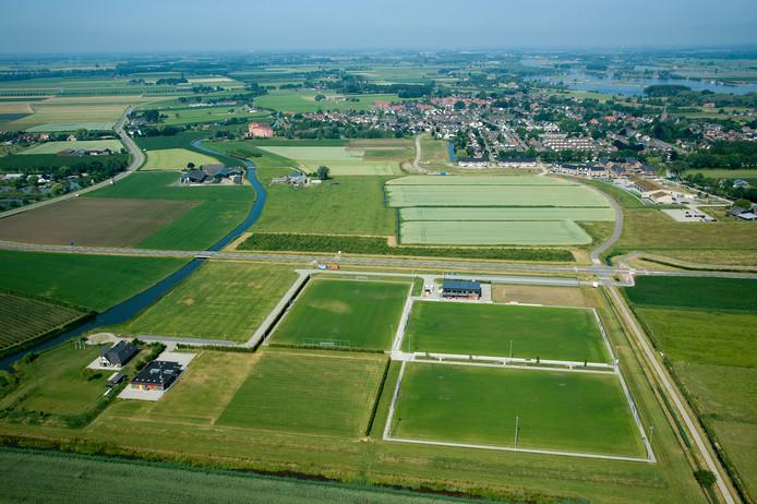 Sportpark Maurik-Oost, de plek waar de sporthal moest komen. Voorlopig komt dat er niet van.
