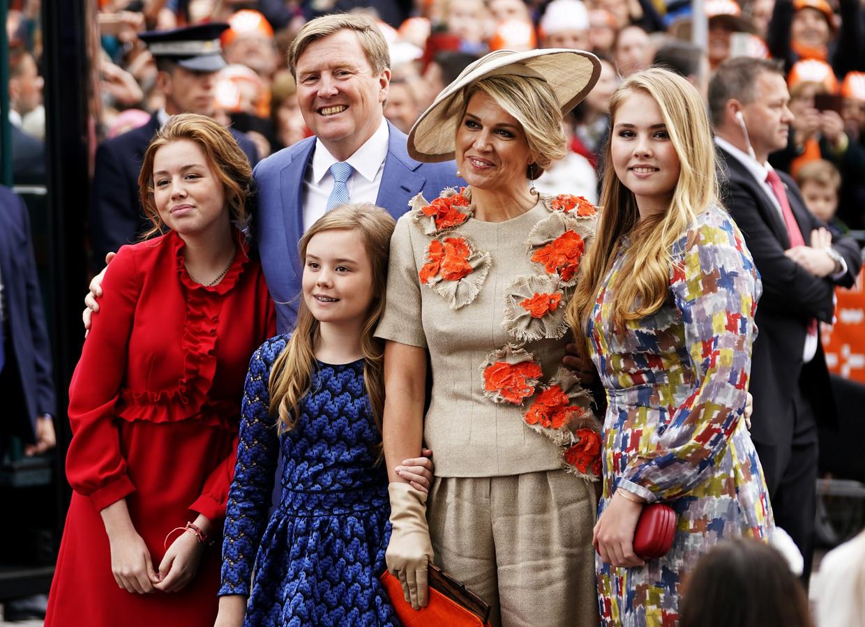 Koning Willem-Alexander, koningin Maxima en de prinsessen Amalia, Alexia en Ariane