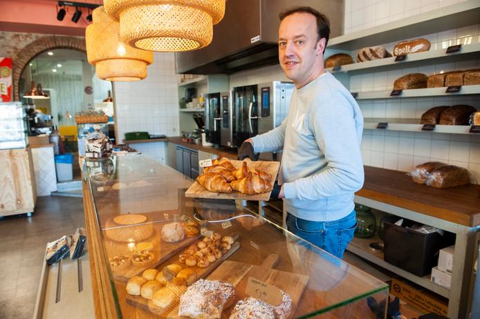 Eigenaar Jules Lauwerijssen van Bakkerij Royal in de Visstraat in Den Bosch