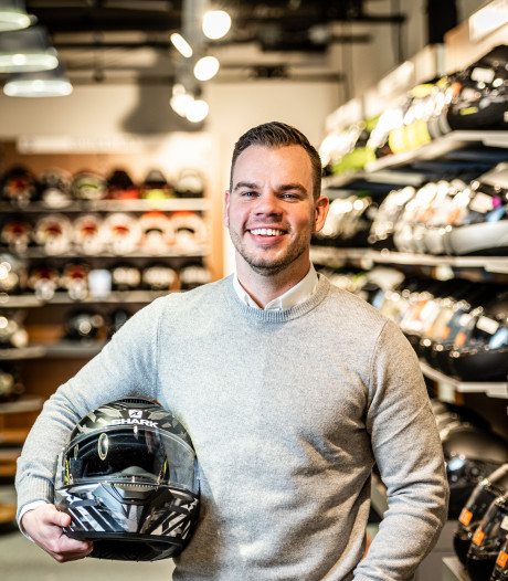 Alphenaar Mark Bos: van politieagent naar ondernemer met miljoenenbedrijf