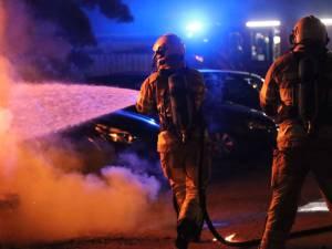 Drie auto's zwaar beschadigd na autobrand in Veenendaal