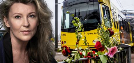 'Terwijl wij elkaar op sociale media aftroefden over de toedracht, stierf Roos in een tram'