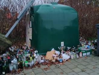 """Overvolle glascontainer kan niet worden leeg gemaakt omwille van de werken: """"We stellen hem buiten dienst"""""""