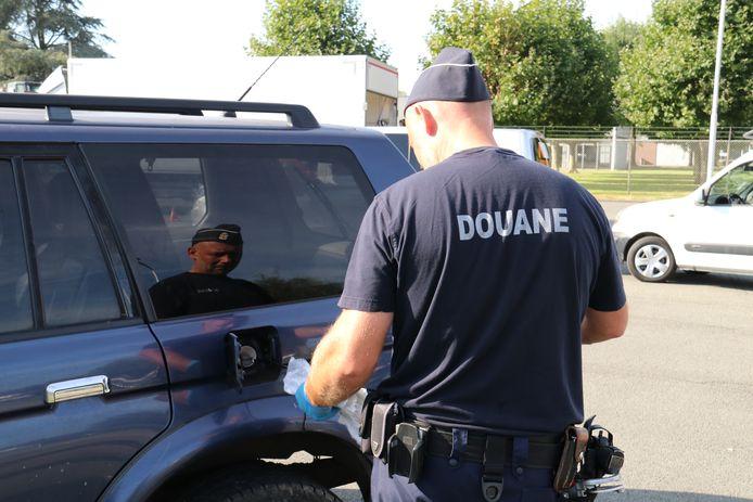 De politie hield met verschillende instanties een grote controle.