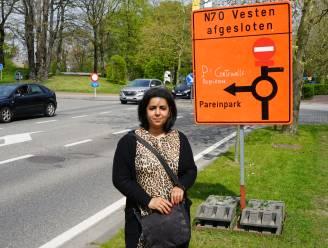 """Weg kwijt na bezoek aan vaccinatiecentrum: """"Geen enkele pijl terug naar Zwijndrecht"""""""