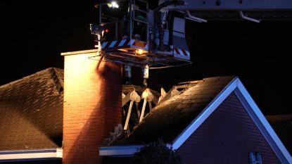 Voorbijganger wekt bewoners brandend huis