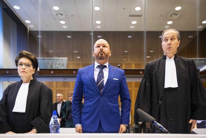 Marco Kroon moest zich eerder dit jaar verantwoorden bij de rechter voor de kopstoot die hij gaf aan een agent. Hij kreeg daarvoor een taakstraf van 100 uur.