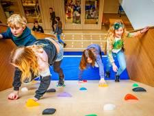 School gericht op bewegen: 'Naar de wc over een parcours vol touwen'