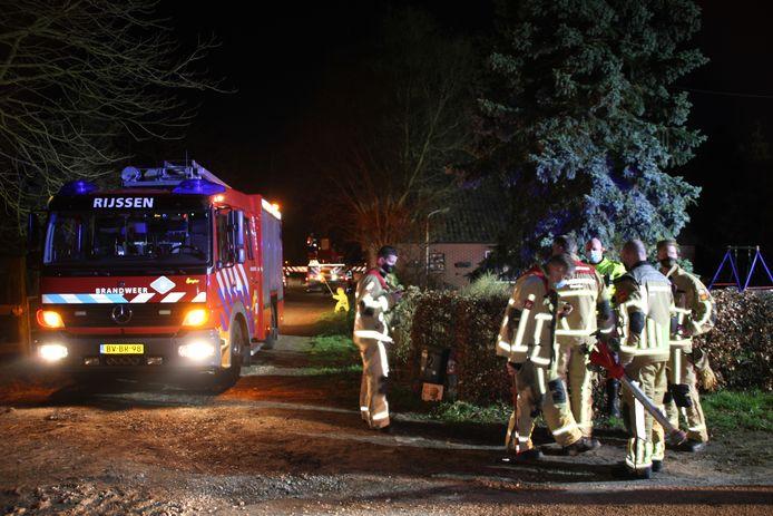 De brandweer rukte dinsdagavond met drie wagens uit om een schoorsteenbrandje in een boerderij aan de 2e Nieuwstadsweg in Wierden te blussen.