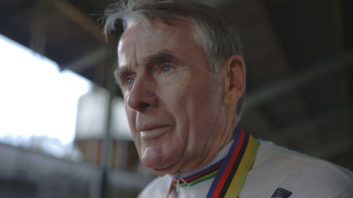"""""""Ik was niet snel genoeg in de sprint en moest dus voor alle andere renners aankomen. De anderen hebben zich allemaal stuk gebeten op mijn voorsprong."""""""