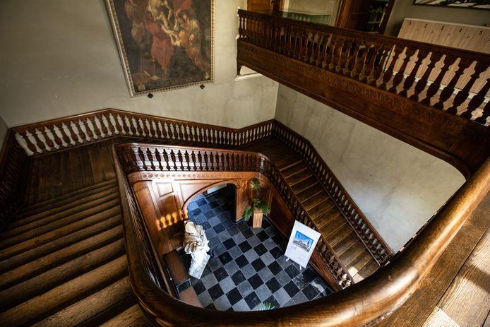 Trap in de keizerszaal in Sint-Truiden