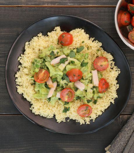 Wat Eten We Vandaag: Couscous met gerookte kip en avocadosaus