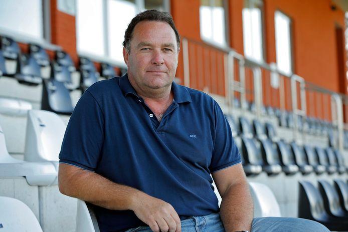 Eric Ceulemans, sportief manager van Racing Gent, begrijpt de beslissing om de competitie stop te zetten;