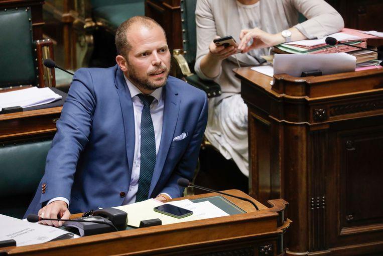 Staatssecretaris Theo Francken (N-VA) brengt eind september een boek uit bij de opiniewebsite Doorbraak, en geeft een week later een gastlezing op het sponsordiner van de Vlaamse opiniewebsite. Beeld BELGA
