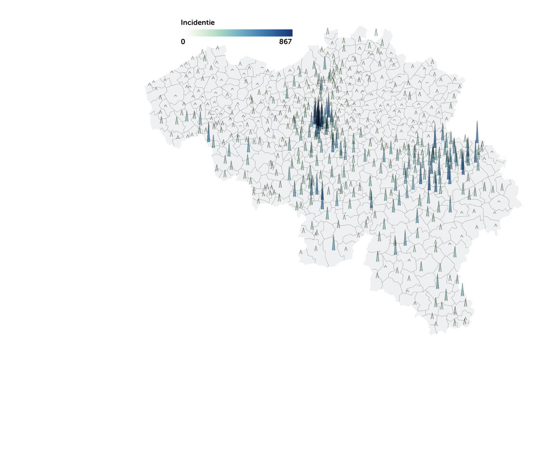 Op de kaart van het aantal besmettingen per 100.000 inwoners zijn er in Limburg nauwelijks pieken te zien. Beeld DM