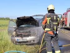 Dit moet je doen als je auto spontaan in brand vliegt