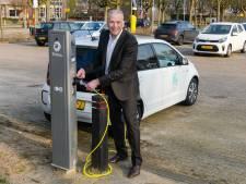 Zeist wil tot 2030 ruim 1000 laadpalen erbij voor elektrische auto's, D66 twijfelt of het genoeg is