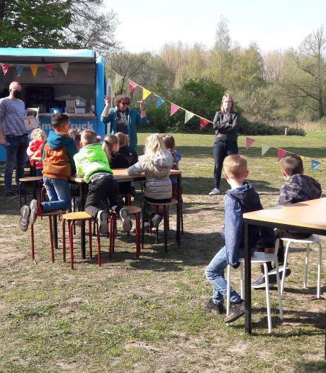 Speelplaats kindcentrum Vijfblad in Geldrop feestelijk geopend