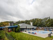 Dak van zwembad De Vlaskoel in Tubbergen is op, kosten renovatie bedragen ruim een half miljoen