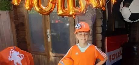 Superfan Sam (8) uit Voorburg wil later net zo goed worden als Memphis Depay