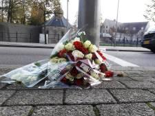 Vrienden leggen bloemen voor in Breda doodgestoken Paul Pluijmert