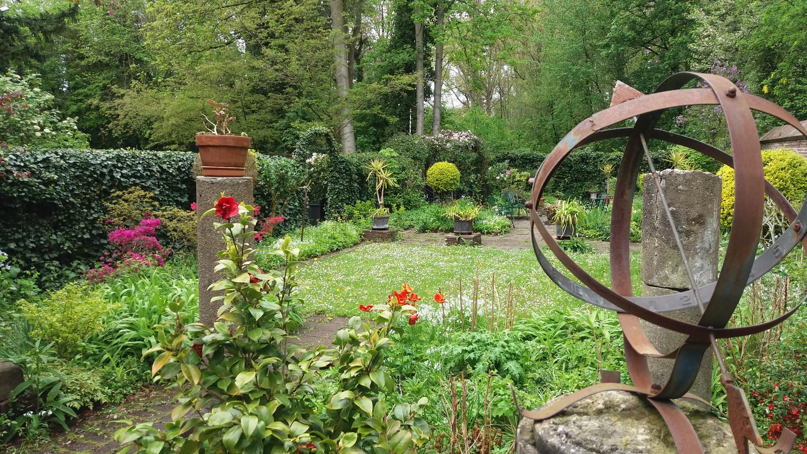 Eén van de opengestelde tuinen, aan de Nieuwe Plantage