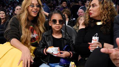 Beyoncés dochter Blue Ivy Carter (6) biedt meer dan 15.000 euro op schilderij