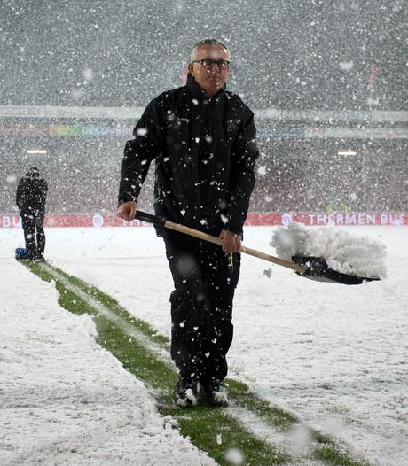 GA Eagles - Jong PSV afgelast vanwege sneeuwval